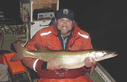 2004 biologist report lake wilhelm part 1 for Lake wilhelm fishing